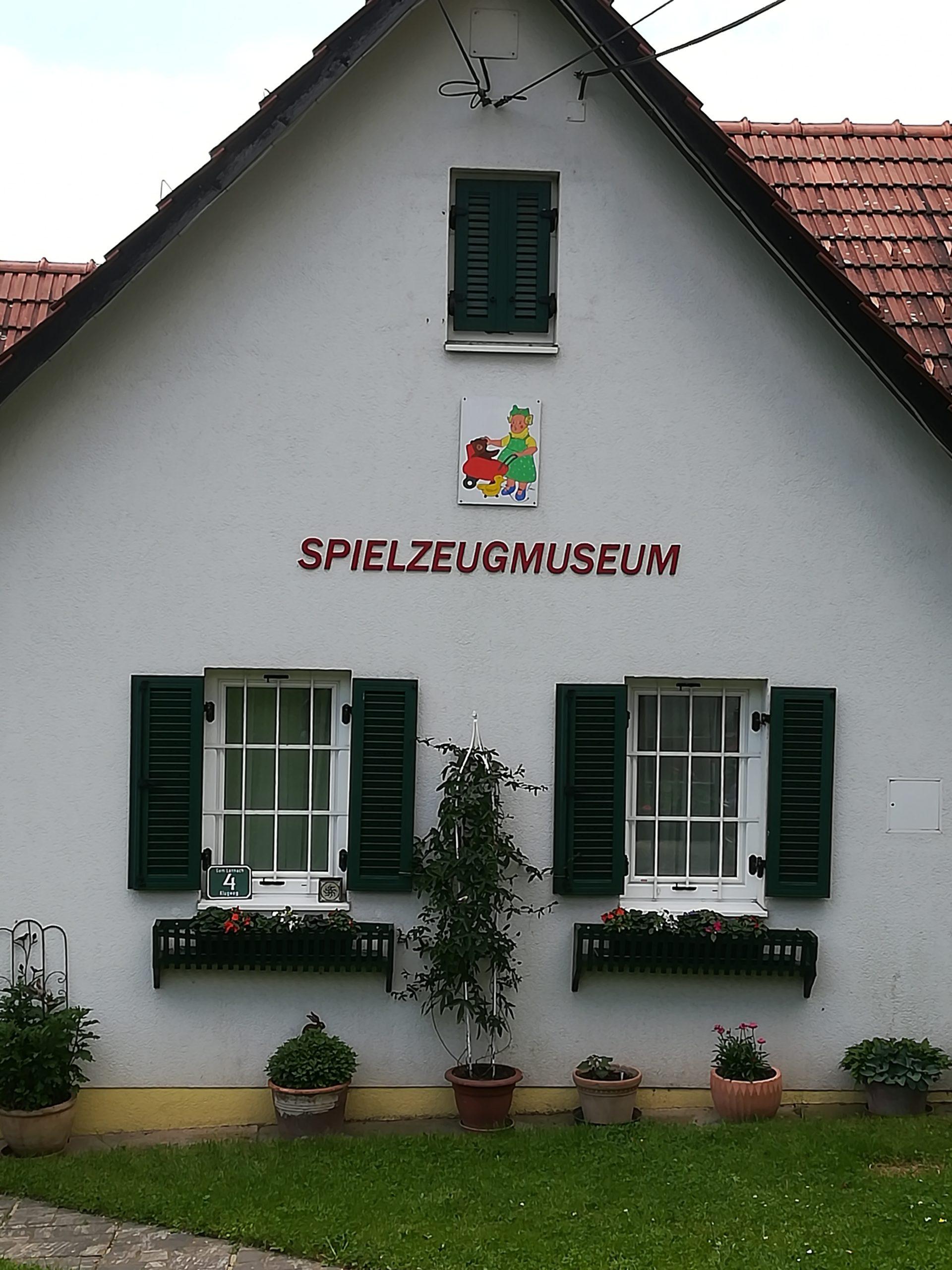 Museum - Hausfront